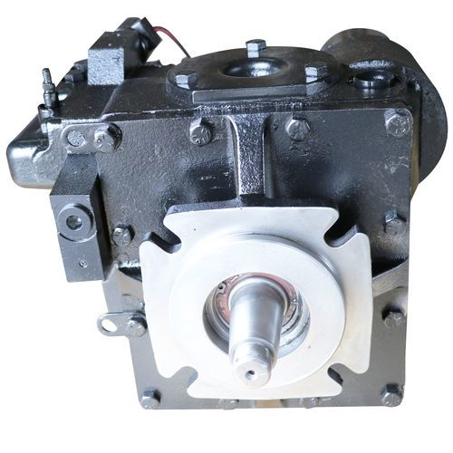 Eaton 5423-861 Hydraulic Pump-Cw With A-Pad Charge Pump - Re Control and 1-1/2