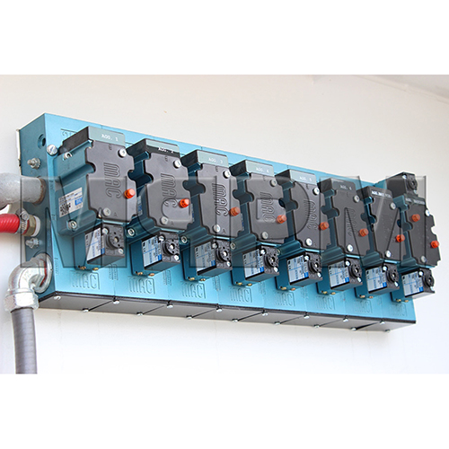 Mac 63 Series Valve Bank Stack Assembly with 7 Single Solenoid Valves and 1 Double Solenoid Valve